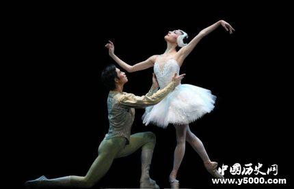 芭蕾舞剧《天鹅湖》剧情故事介绍如何赏析《天鹅湖》?