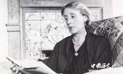 英国女作家伍尔芙生平经历简介伍尔芙作品有哪些?